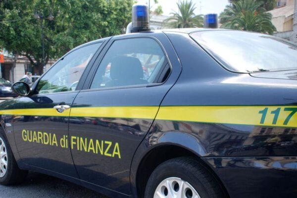 Maxi sequestro di 120 immobili a 'imprenditore-caporale' del facchinaggio