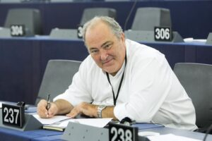 """Goffredo Bettini: """"La politica sottomessa alla magistratura. La linea Bonafede? Non mi piace"""""""