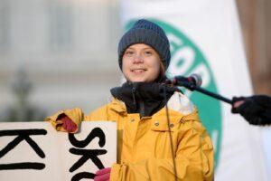 """Clima, l'appello di fine anno di Greta: """"Entro 8 anni esauriremo budget di carbonio"""""""