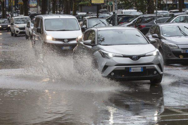 Foto LaPresse – Andrea Panegrossi 13/12/2019 – Roma, Italia. POLITICA Maltempo in città     Photo LaPresse – Andrea Panegrossi 13/12/2019- Rome, Italy Bad weather in the city