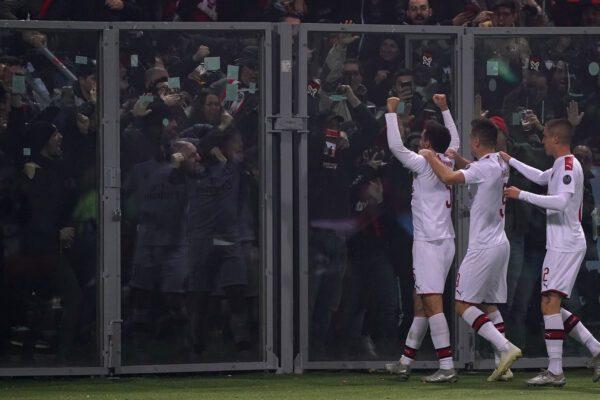 Tifoso milanista accoltellato dopo la partita di Bologna: c'è un indagato