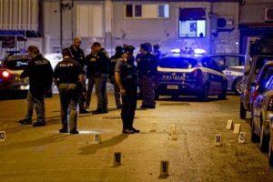 Sangue nel Napoletano, l'agguato mentre guida e la corsa verso l'ospedale: uomo muore in auto