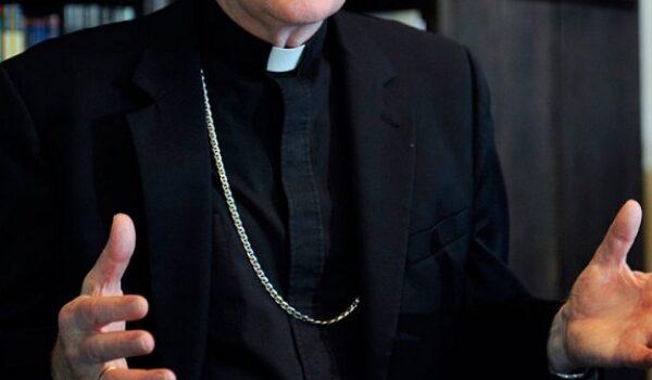 """""""Abusi su disabile"""" nel centro di riabilitazione, sacerdote arrestato a Napoli"""