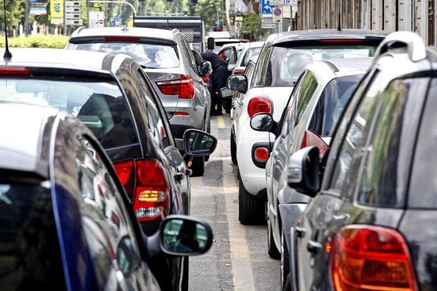 Assicurazione auto, arriva quella 'familiare': vale la classe più vantaggiosa