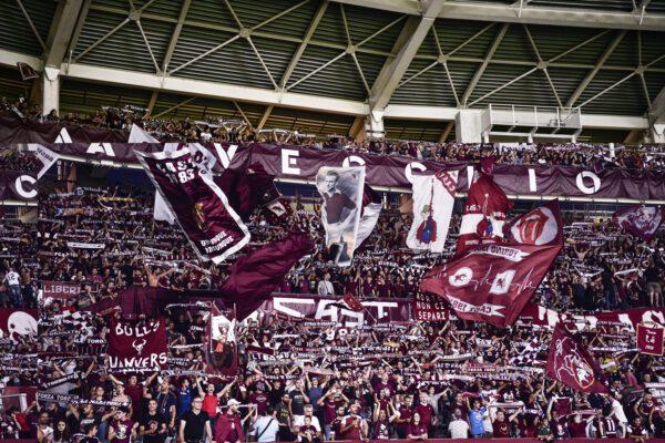 Tifo violento: Daspo per 115 ultrà di Torino, Napoli e Inter