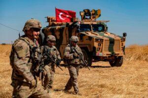 "Libia, Erdogan: ""Pronto a mandare truppe"""