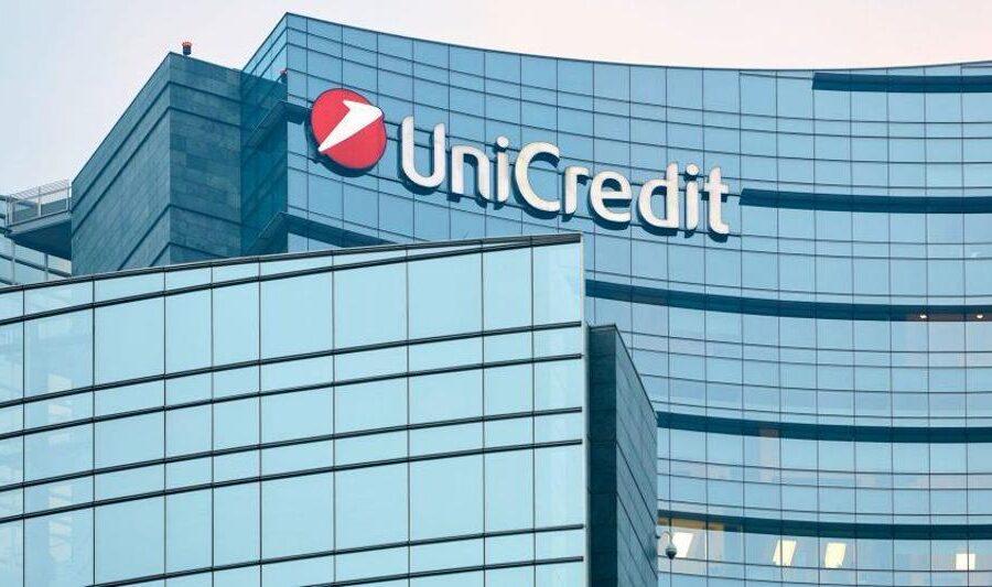 Unicredit, mattinata di anomalie per i clienti: pagamenti online bloccati e niente prelievo agli sportelli