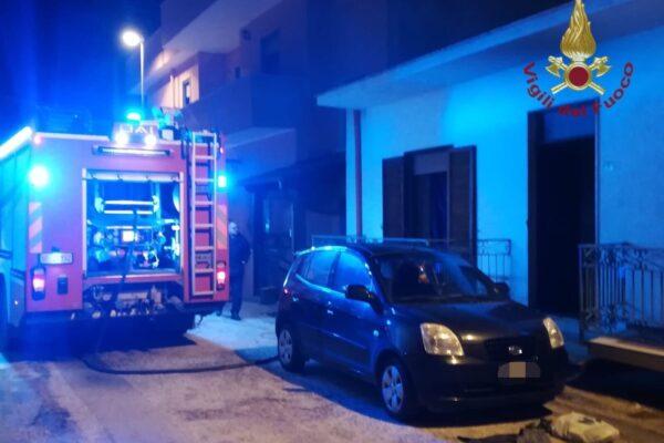 Esplosione in una palazzina nel Casertano, un morto e diversi feriti