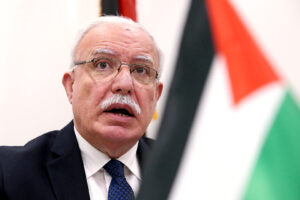 "Riyad al-Malki: ""Piano pace Trump è annessione di Israele dei territori palestinesi"""