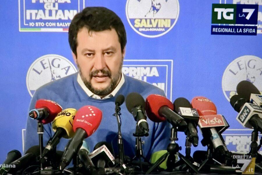 """Salvini: """"Movimento 5 Stelle scompare, qualcosa a Roma domani cambierà"""""""