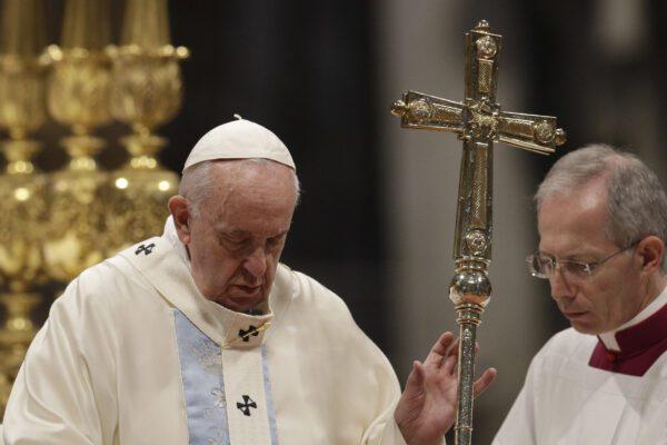 """Le scuse di Papa Francesco: """"Ho perso la pazienza"""""""