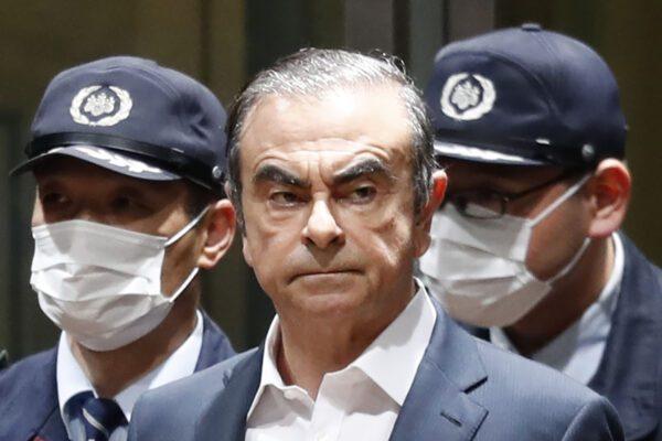 Caso Ghosn, l'Interpol emette un mandato d'arresto per l'ex presidente Nissan