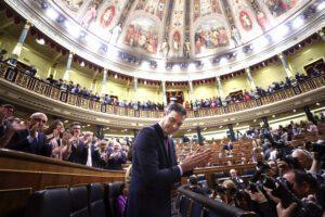 Spagna, al via il governo tra Psoe e Podemos