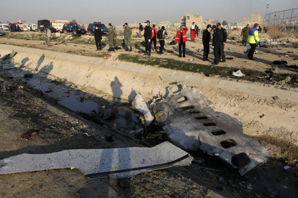 Aereo abbattuto in Iran, primi arresti per il disastro che ha provocato 176 morti
