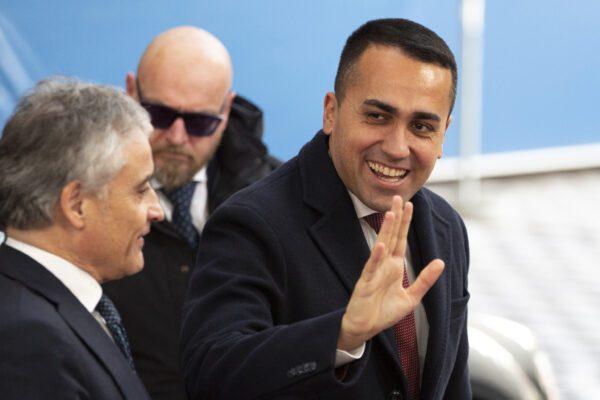 """Al via la Conferenza di Berlino, Di Maio: """"Italia missione di interposizione"""". Serraj: """"L'Ue arriva tardi e divisa"""""""