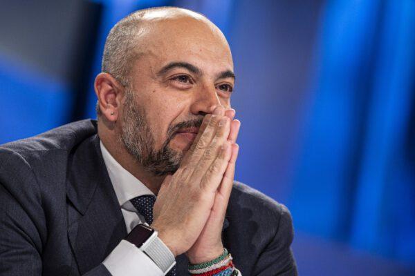 """Diaspora M5S, Paragone: """"Di Maio attaccato al potere. Io e Di Battista lavoreremo per essere antisistema"""""""