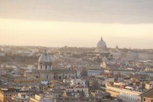 Smog estremo, scattano i divieti di circolazione nelle grandi città italiane