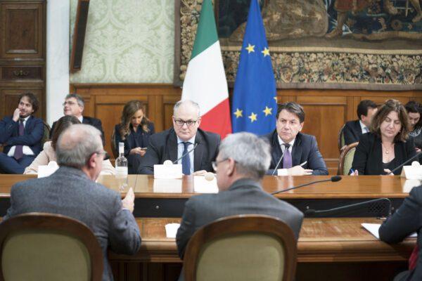 Cuneo fiscale, accordo governo- sindacati: taglio tasse fino a 40mila euro di reddito