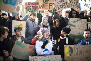 """Greta Thunberg, l'appello nell'ultimo giorno a Davos: """"Situazione clima non viene trattata come crisi"""""""