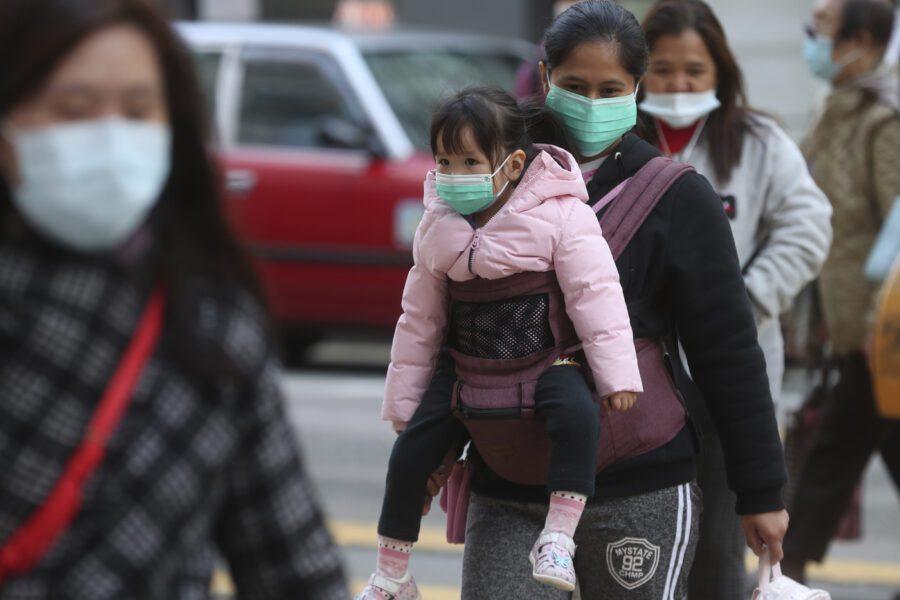 Coronavirus e le ipotesi complottiste: solo fake news