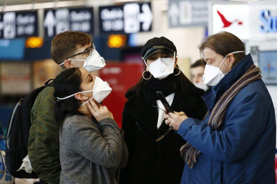 Coronavirus, continua la psicosi: mascherine e amuchina sold out da giorni