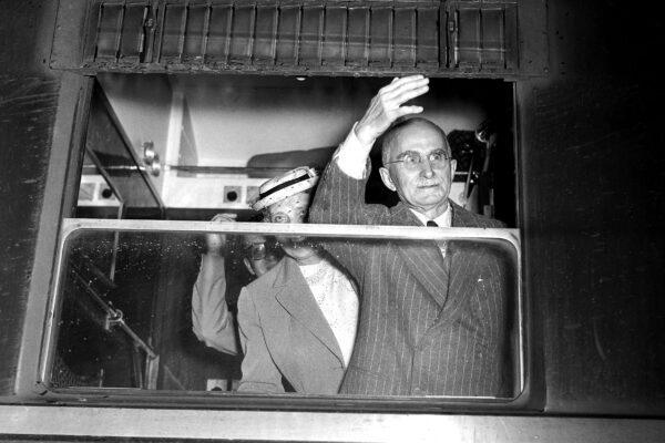 """Per Luigi Einaudi i Prefetti erano """"infezioni"""""""