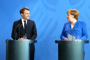 L'asse Macron-Merkel disegna la nuova Ue: Italia senza voce in capitolo