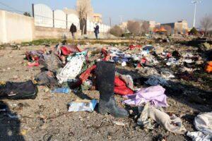 Iran, aereo ucraino precipita dopo il decollo: 176 morti