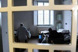 Carceri, il bollettino del Garante: 257 i detenuti in isolamento