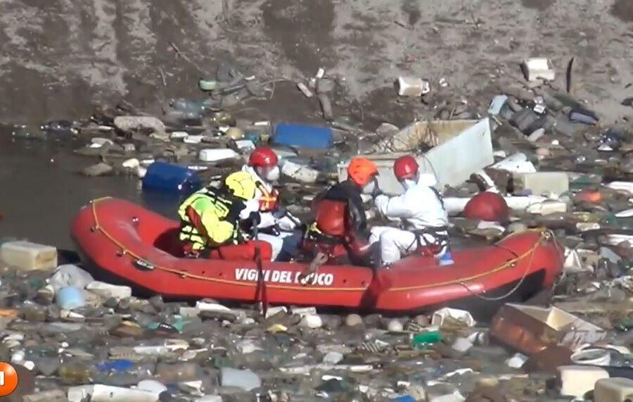 Terra dei fuochi, 'laghetto' di rifiuti tossici scoperto in una cava dismessa