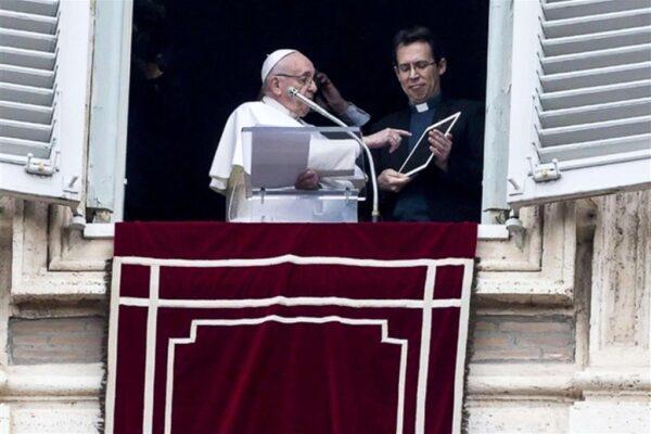 Click to Pray, l'app per pregare online con il Papa