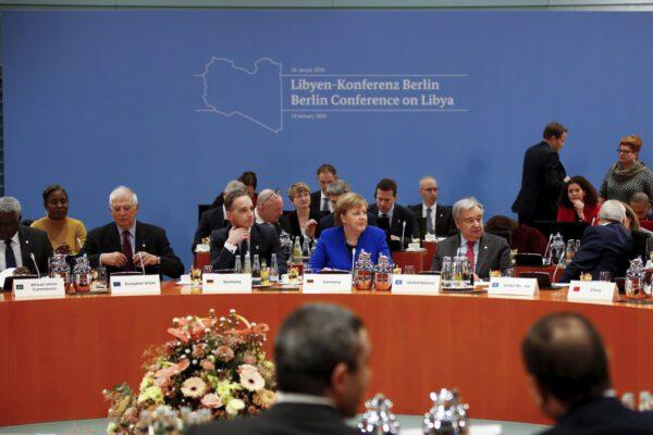 """Libia, a Berlino, si a cessate il fuoco e a embargo vendita di armi. Conte: """"Nominati componenti Comitato militare congiunto"""""""