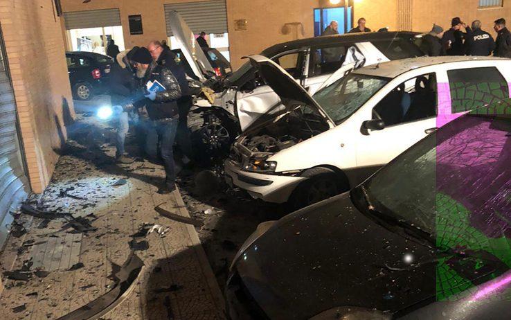 Foggia, bomba danneggia centro anziani: intimidazione a testimoni contro la mafia