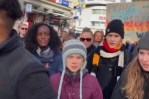 Friday For Future, Greta in piazza a Davos