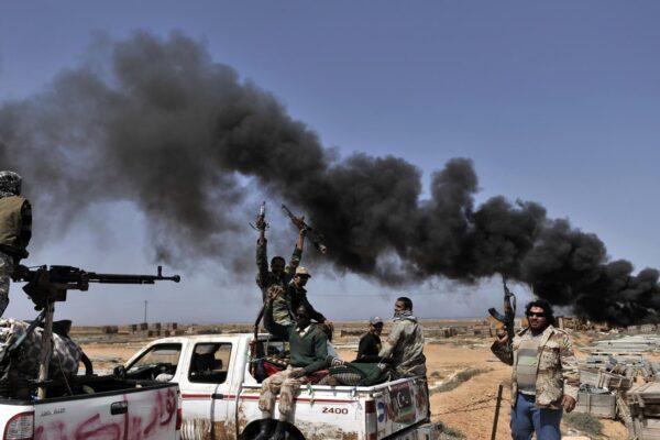 """Crisi libica, Erdogan invia le truppe turche """"per garantire la pace"""""""