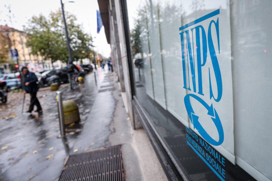 """Pensionati, l'Istat: """"Più di uno su tre vive con meno di mille euro lordi al mese"""""""