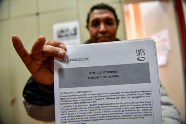 Il Reddito di cittadinanza a oltre un milione di famiglie: media di 493 euro per sussidio
