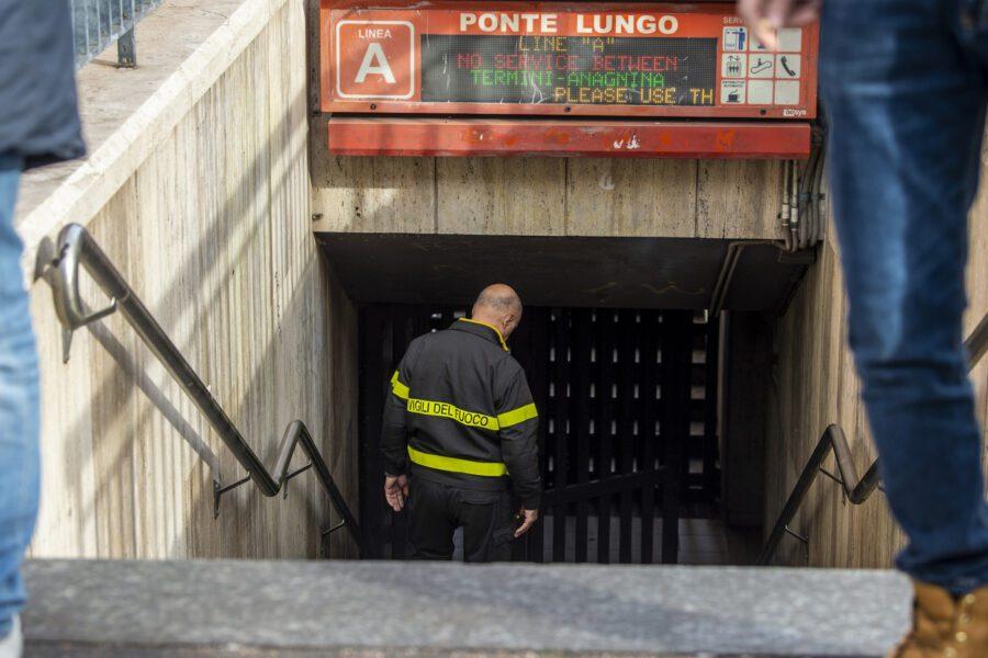 Roma, investita dalla metro: muore ragazza di 15 anni