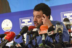 Regionali, i mercati 'festeggiano' la sconfitta di Salvini: crolla lo spread