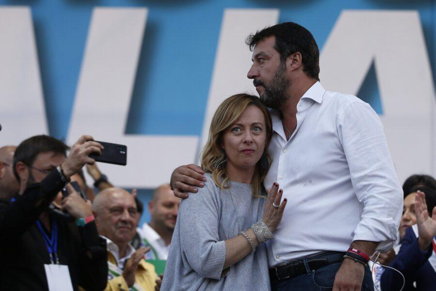 """Salvini e Meloni vogliono """"Camere aperte"""", ma sono gli stessi che in Parlamento non ci vanno mai"""