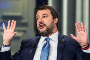 Comizio di Salvini a 'Porta a porta', bufera sulla Rai. Vespa si scusa, esposto di Anzaldi all'Agcom