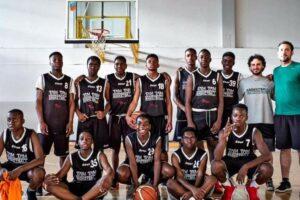Conte e Spadafora spengono il sogno della squadra di basket dei migranti