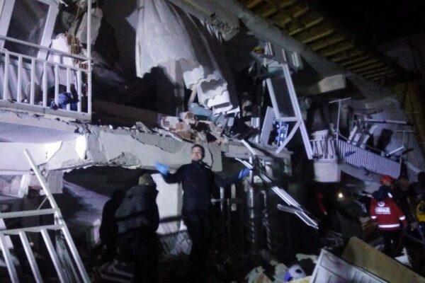 Terremoto di magnitudo 6.8 in Turchia: grave il bilancio dei morti