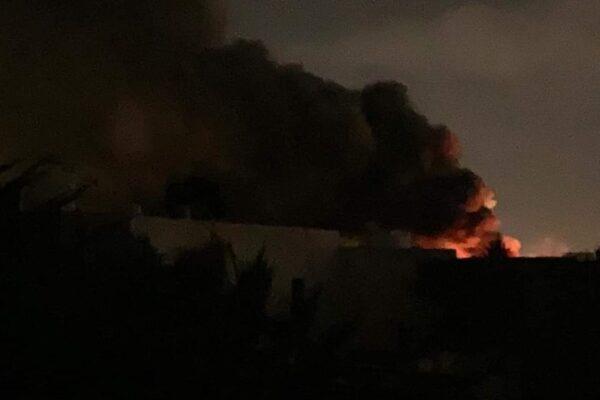 """Bombardamento alla scuola militare di Tripoli, almeno 30 morti. Haftar rivendica l'attentato: """"Erano miliziani"""""""
