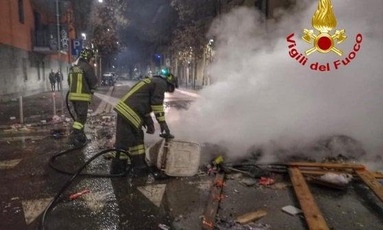"""Vigili del Fuoco aggrediti a Capodanno, aperta inchiesta: """"Nessuna tolleranza per le violenze"""""""