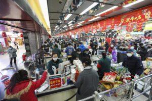 """Coronavirus, allarme del presidente cinese Xi: """"Situazione grave, epidemia accelera"""""""