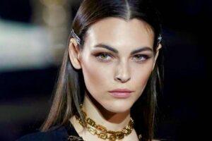 Colpo a casa della top model Vittoria Ceretti: rubati abiti e gioielli per 80mila euro