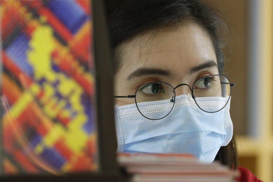 """Psicosi coronavirus, giovane cinese costretta a scendere dall'autobus perché """"non gradita"""""""