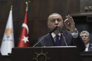 Siria, ultimatum di Erdogan ad Assad: via da Idlib o guerra