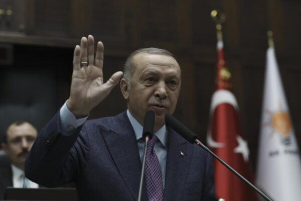 Ti assolvo e ti ri-arresto, l'uso fai da te della giustizia di Erdogan